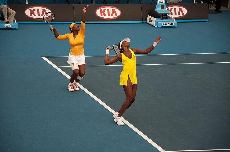 File:Melbourne Australian Open 2010 Venus & Serena Practice Serve.jpg