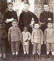Meninos de Canudos no Colégio Salesiano de Salvador (c. 1900).jpg