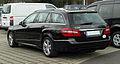 Mercedes-Benz E 200 CDI BlueEFFICIENCY T-Modell Avantgarde (S 212) – Heckansicht, 26. März 2011, Düsseldorf.jpg