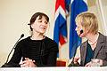 Merethe Lindstrom, vinnare av Nordiska radets litteraturpris 2012 och Lilian Munk Rosing fran bedomningskommitten.jpg