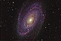 Messier 81 (17121566608).jpg