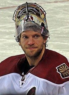 Mike Smith (ice hockey, born 1982) Canadian ice hockey player