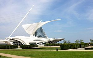 Milwaukee Art Museum - Milwaukee Art Museum from south-west