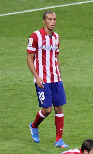 Miranda v Real Madrid 2013.jpg