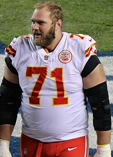Mitchell Schwartz American football offensive tackle