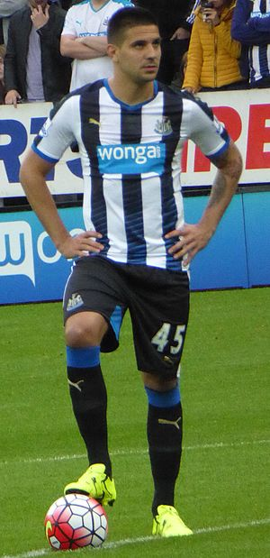 Aleksandar Mitrović (footballer) - Mitrović playing for Newcastle United in 2015