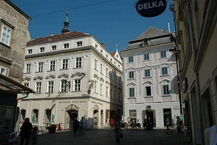 Old Town of Krems Mohrenapotheke Krems.JPG