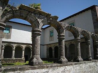 Guntín - Image: Mosteiro de Santa María de Ferreira de Pallares, Guntín