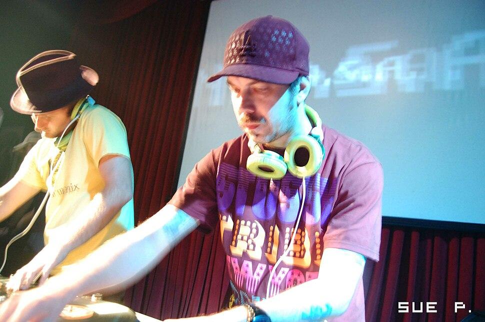 N.A.S.A. (DJ Zegon %26 Squeak E. Clean)