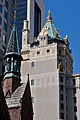 NYC - A building gilded tower - 1231.jpg