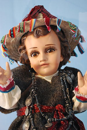 Child Jesus images in Mexico - Niños Dios image dressed in Tzotzil garb