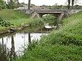 Neufmoulins (Moselle) ruisseau de l'Étang Hambourg, le pont.jpg