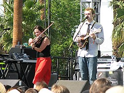 Sara Watkins and Chris Thile on the Farewell (For Now) Tour in April 2007.