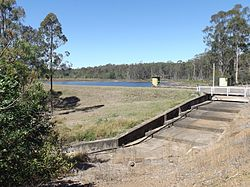 Dam wall and spillway, 2014