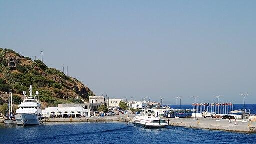 Nisyros port Mandraki 3