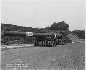 Fort Funston - A 16-inch gun on the road to the fort