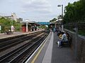 North Acton stn westbound look east.JPG