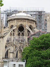 Notre-Dame - 2019-05-16 - Apse from the east 02.jpg