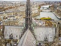 Notre-Dame de Paris roof apostels evangelists.jpg