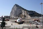 Nueva ruta aérea Gibraltar-Manchester (28004537101).jpg