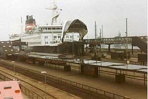 Great Belt ferries - Train ferry M/F Prins Joachim arrives in Nyborg, 1991/92.