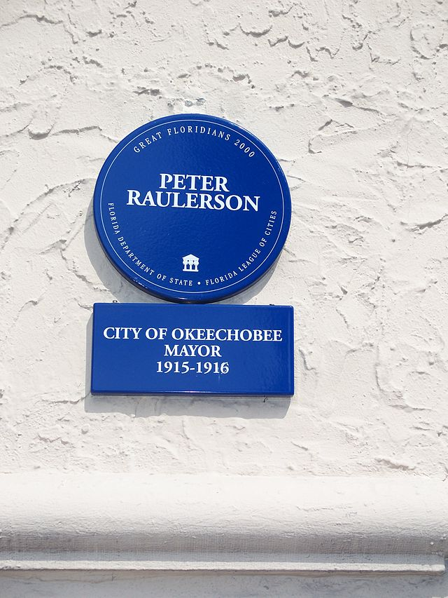 Photo of Peter Raulerson blue plaque
