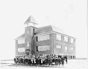 Osnabrock, North Dakota - The public school in 1918