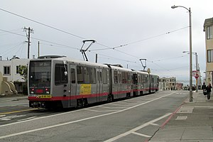 Taraval and 42nd Avenue station - Outbound train at 42nd Avenue in June 2017