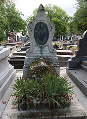 Alphonse Bertillon's tomb