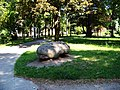 Písek, Husovo náměstí, kámen.jpg