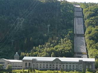Leif Tronstad - Vemork power station in 2008. The electrolyzing plant no longer exists.