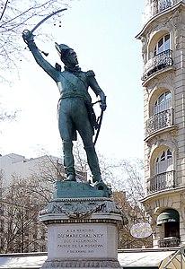 P1010441 Paris VI Statue du maréchal Ney reductwk