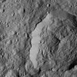 PIA20940-Ceres-DwarfPlanet-Dawn-4thMapOrbit-LAMO-image178-20160602.jpg