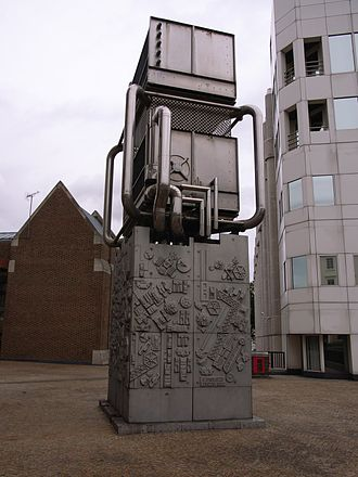 Eduardo Paolozzi - Paolozzi sculpture (1982) near Pimlico station of the London Underground system