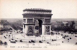 Arc de Triomphe - Arc de Triomphe. Postcard, c.1920