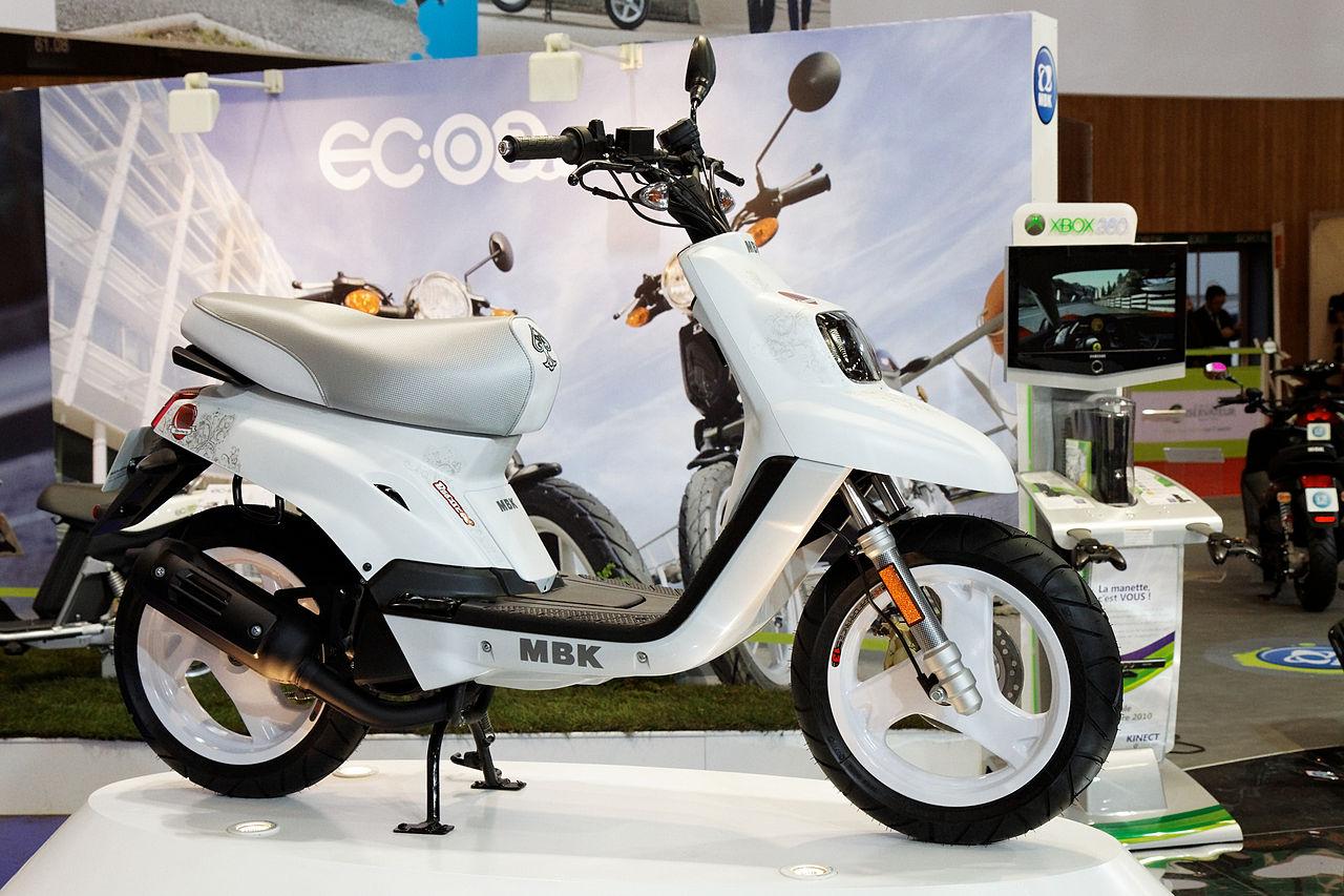 Fichier paris salon de la moto 2011 mbk booster for Salon de la photo paris