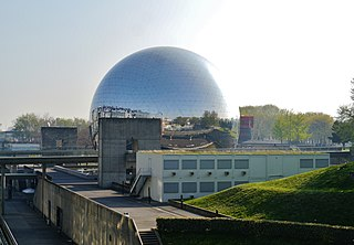 geodesic dome in Paris
