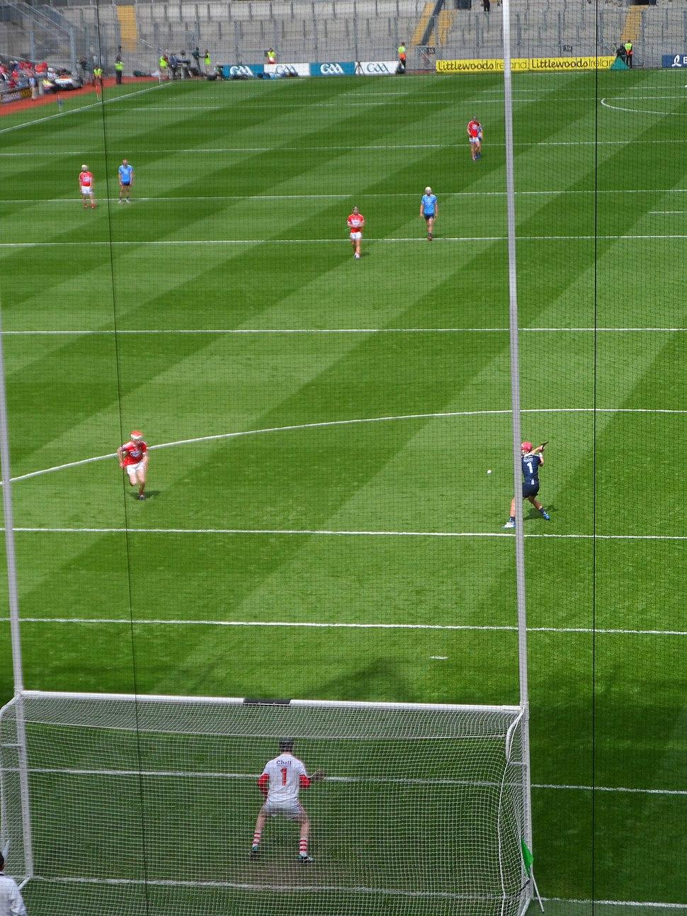 Penalty puck, hurling game