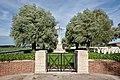 Perth Cemetery (China Wall) entrance (DSCF9405).jpg