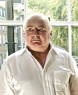 Peter Ackroyd in 2007 (cropped).jpg