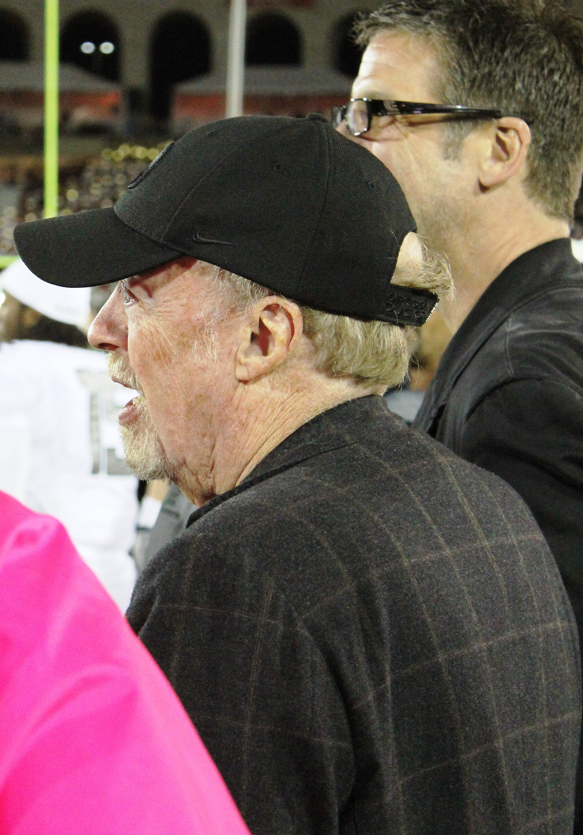 phil knight wikipedia
