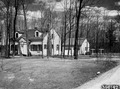 Photograph of Park Falls District Ranger's Dwelling and Garage - NARA - 2128639.tif