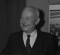 Pierre Pflimlin (1983).jpg