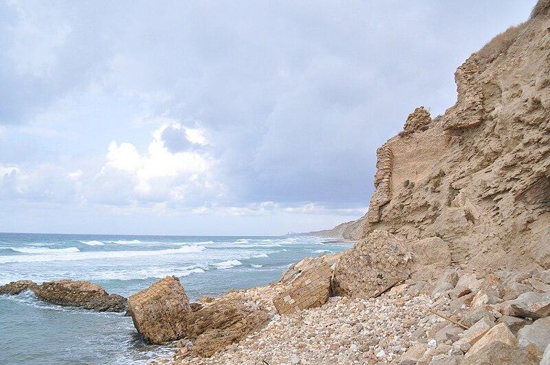 סוף 2010 בחוף אפולוניה