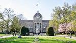 Place de la République fleurie (40436024242).jpg