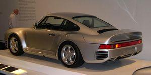 Show or Display - Image: Porsche 959 34 rear