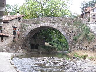 Potes - River Quiviesa, through San Cayetano bridge