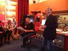 Antonello Dose e Marco Presta durante la conduzione del programma in un Coniglio da camera.