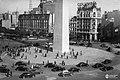 Primeros ensayos del cambio de mano en el tránsito, Buenos Aires, 1945.jpg