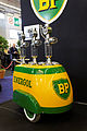 Rétromobile 2011 - Pompes à essence BP - 004.jpg